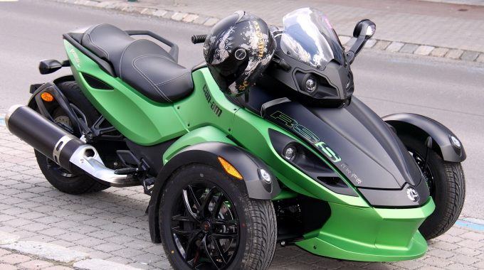 Xe Can Am Spyder