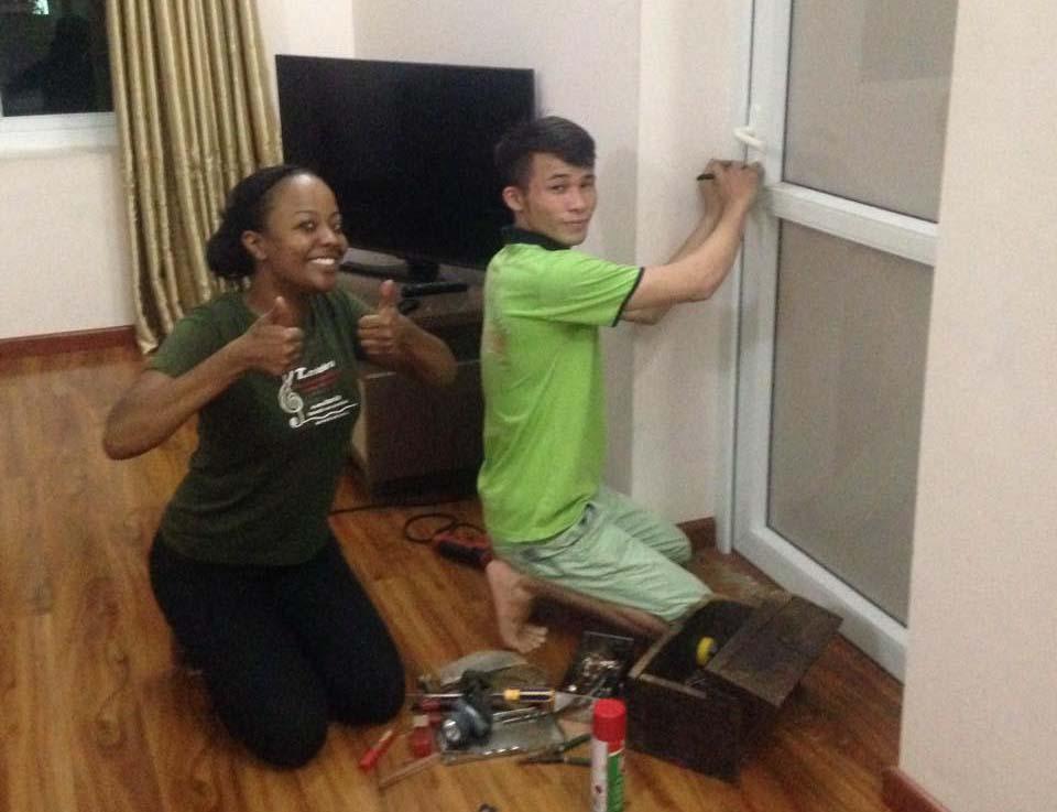Thợ sửa khóa tại nhà cho người nước ngoài