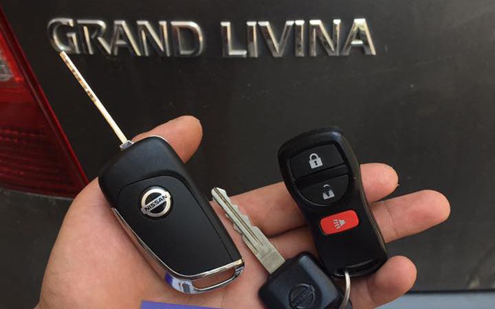 làm chìa khóa Remote xe Nissan