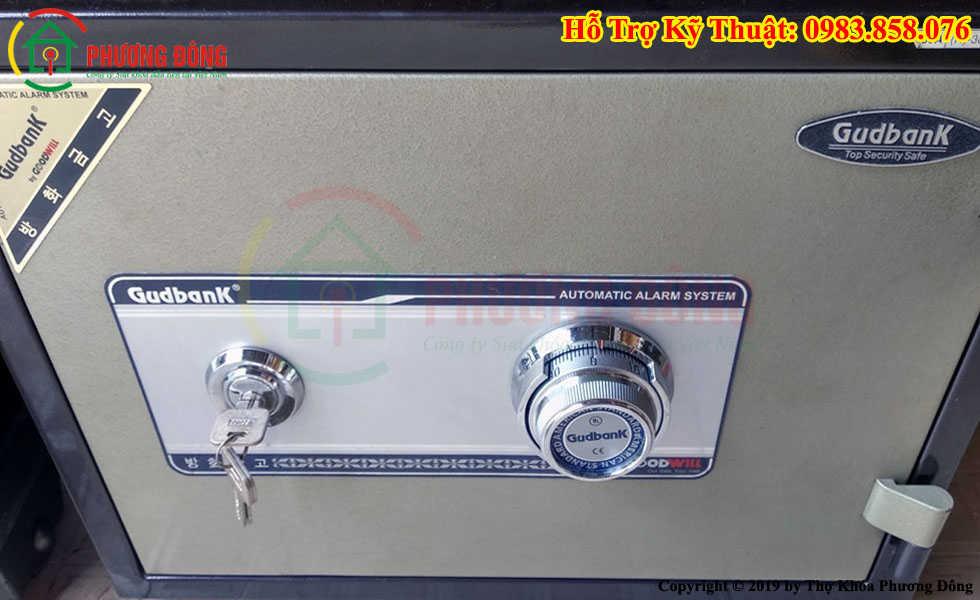 Két sắt Gudbank dạng chìa khóa cơ