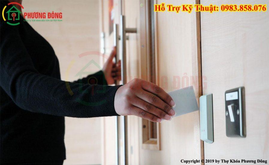 Sao chép Thẻ từ cửa ra vào cổng