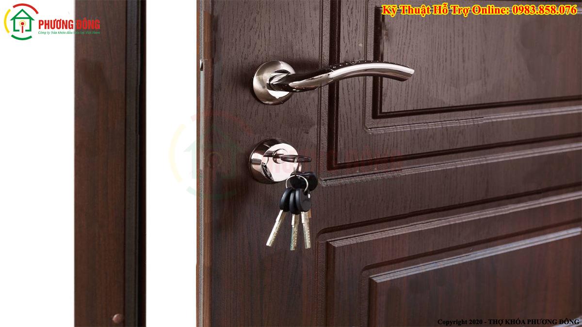 Khóa cửa phòng
