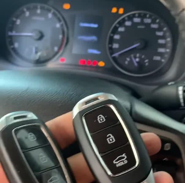 Làm Chìa Khóa Xe Hyundai Accent Chuyên Nghiệp Giá Tốt Nhất