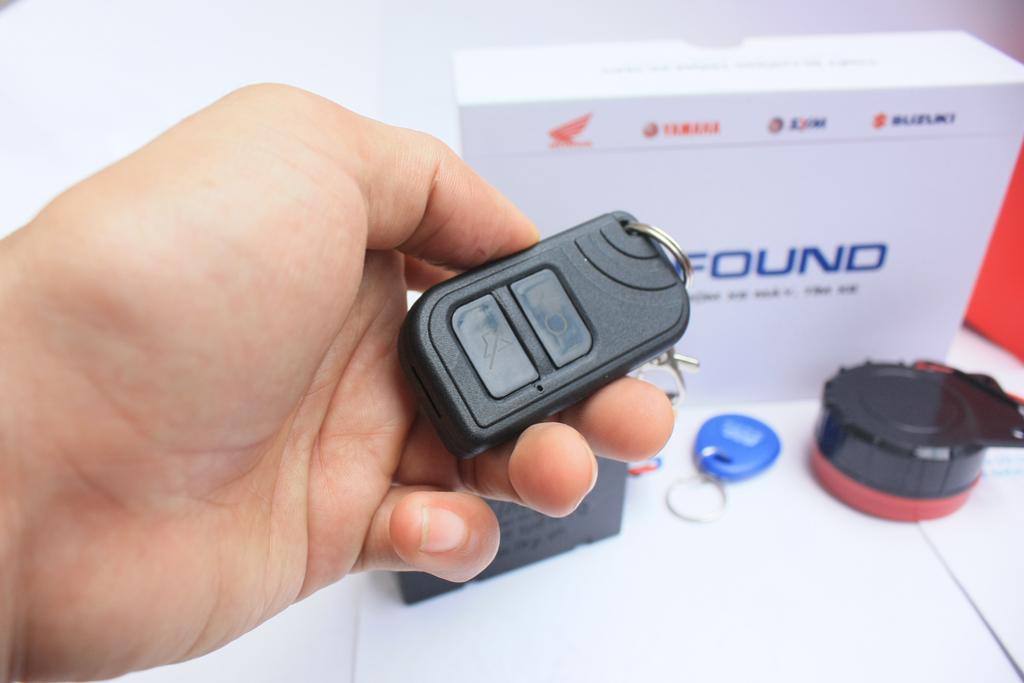 Chìa khóa remote IKYFOUND