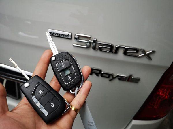 Làm Chìa Khóa Xe Hyundai Starex Nhận Chìa Ngay Giá Tốt Nhất