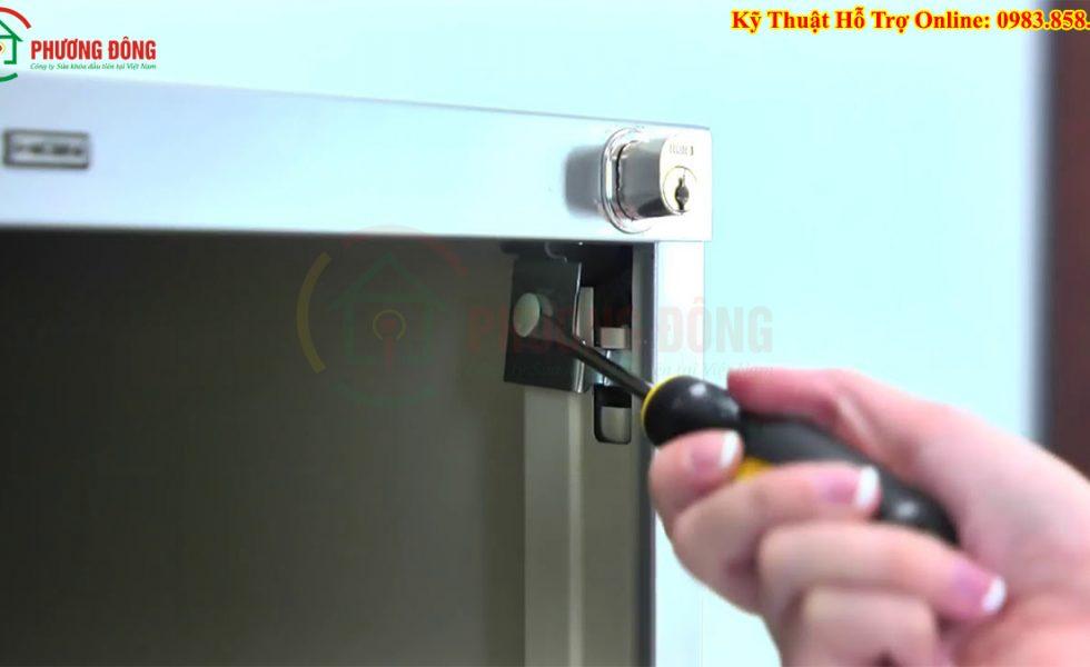 Sửa Khóa Tủ Điện , Thay Lắp Khóa Tủ điện , Làm Lại Chìa Khóa Tủ điện Giá Rẻ